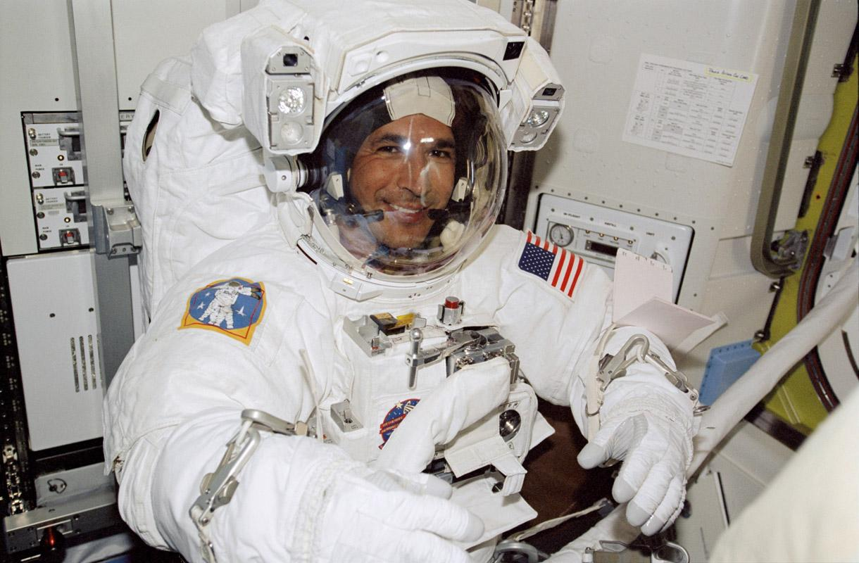 colleges with most astronauts - photo #12