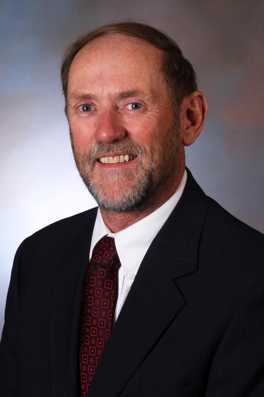 Portrait of Tom Zwirlein