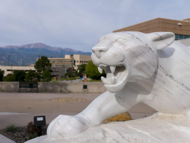 Mountain Lion statue