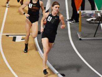 Skylyn Webb competes in the 800-meter run