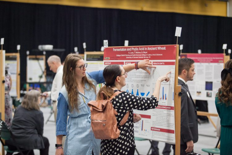 Presentations during the 2019 Graduate School Research Showcase.