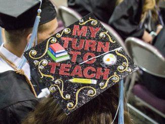 2019 graduation cap art