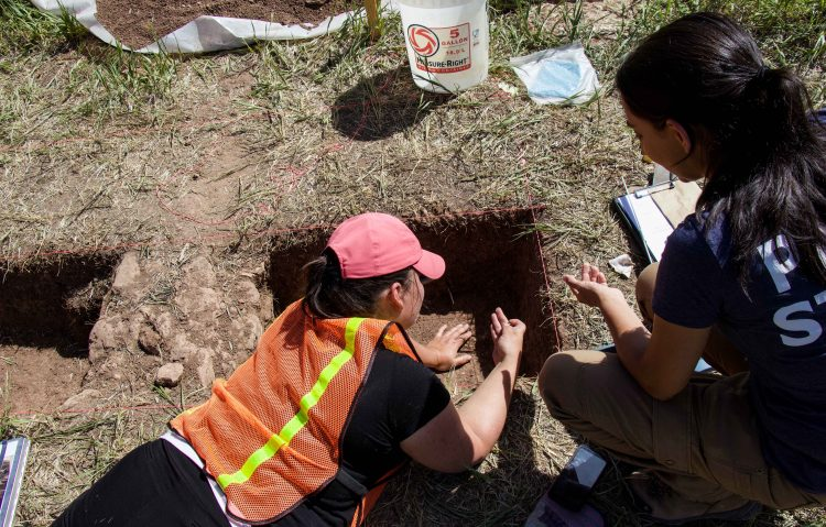 Anna Cordova and student on archaeological dig at Garden of the Gods