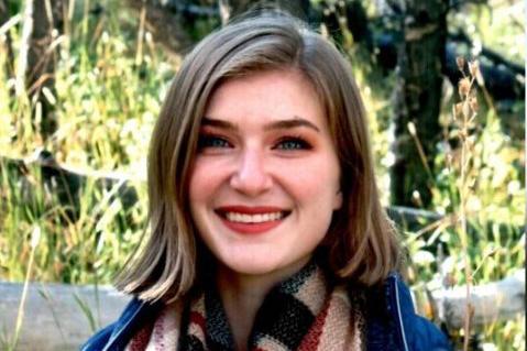 Headshot of Elizabeth Young